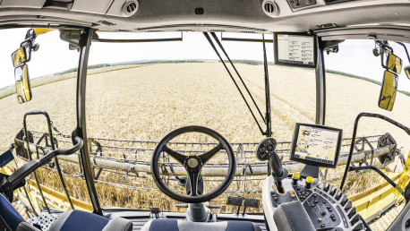 New Holland CR Revelation