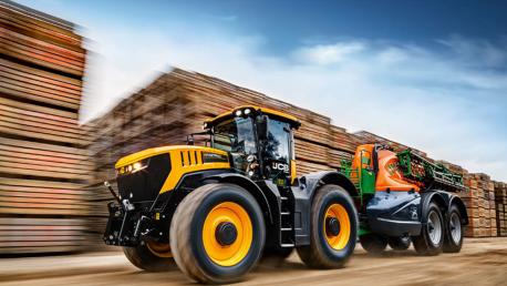 JCB FASTRAC 4 serijos traktoriai