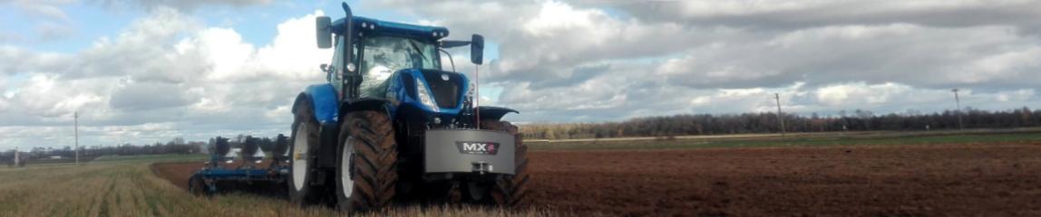 Naudoti NEW HOLLAND traktoriai